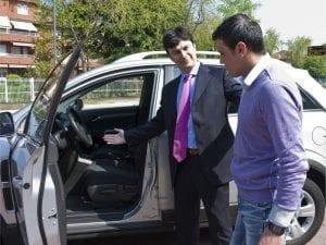 vendeur de voiture